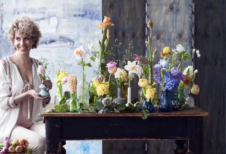 Fiori di primavera nelle creazioni floreali di Marzo