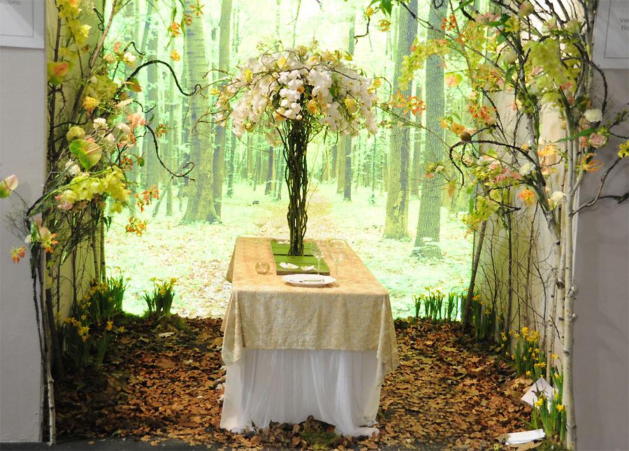 Allestimento floreale in un Ristorante nel bosco